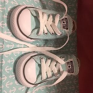 Infant Size 5 converse all star baby blue shoes!